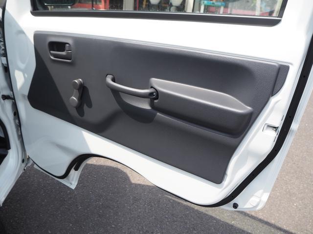 KCエアコン・パワステ 届出済未使用車 4輪駆動 エアバッグ ABS 純正FMAMラジオ 3方開き スペアキー メーカー保証付き(13枚目)