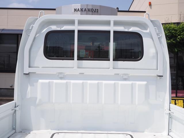 KCエアコン・パワステ 届出済未使用車 4輪駆動 エアバッグ ABS 純正FMAMラジオ 3方開き スペアキー メーカー保証付き(23枚目)
