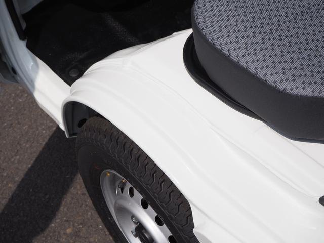 KCエアコン・パワステ 届出済未使用車 4輪駆動 エアバッグ ABS 純正FMAMラジオ 3方開き スペアキー メーカー保証付き(30枚目)