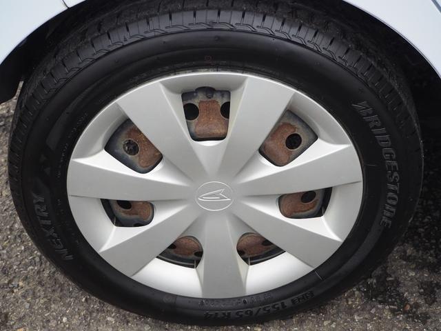 L 禁煙車 エアバッグ ABS キーレス パワーステアリング パワーウィンド 純正CDプレーヤー バニティミラー アイドリングストップ(13枚目)
