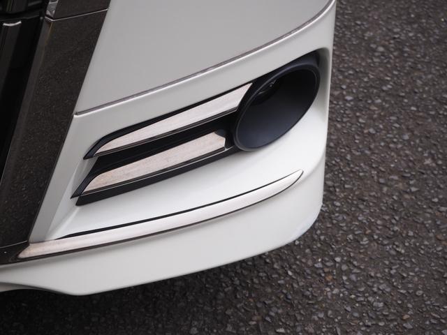 ハイブリッドGi ブラックテーラード 禁煙車 ブルートゥース対応ナビTV フリップダウンモニター LED バックカメラ 両側電動スライドドア 衝突被害軽減システム オートライト アイドリングストップ バニティミラー アームレスト ETC(5枚目)