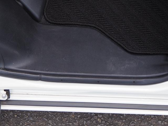 カスタムG 禁煙車 新品ナビTV ブルートゥース対応 USB対応 DVD再生 SD録音 オートクルーズ オートライト 電動格納ドアミラー バニティミラー エアロ アルミホイル(17枚目)
