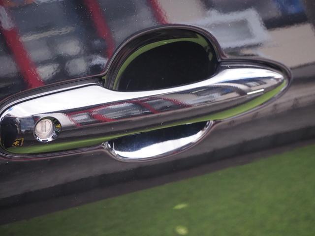 S 禁煙車 衝突被害軽減システム ステアリングスイッチ プッシュスターター オートエアコン オートライト オートクルーズ バニティミラー(11枚目)