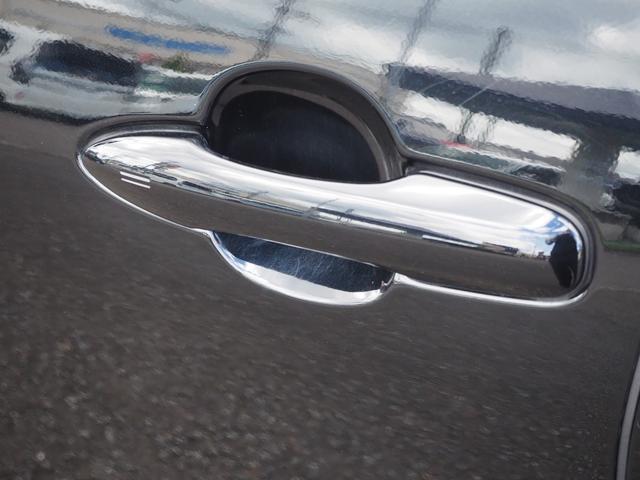 S 禁煙車 衝突被害軽減システム ステアリングスイッチ プッシュスターター オートエアコン オートライト オートクルーズ バニティミラー(40枚目)