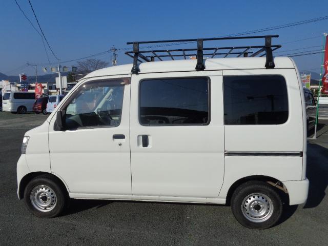 スペシャル ETC・エアコンパワステ・2WD・5速マニュアル(4枚目)
