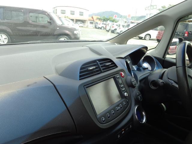 「ホンダ」「フィット」「ステーションワゴン」「熊本県」の中古車13