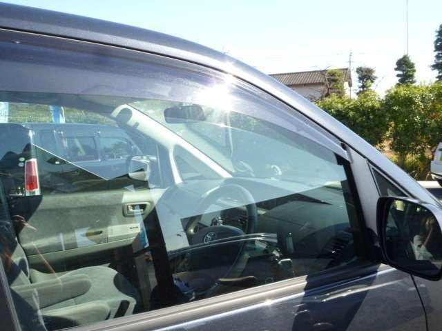 トヨタ ヴォクシー X 両側スライドドア CD