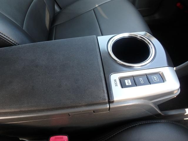 納車後の車検、オイル交換、タイヤ交換、板金塗装、用品取り付けなどアフターフォローもお任せください。お車に関することは何でもご相談頂けます。