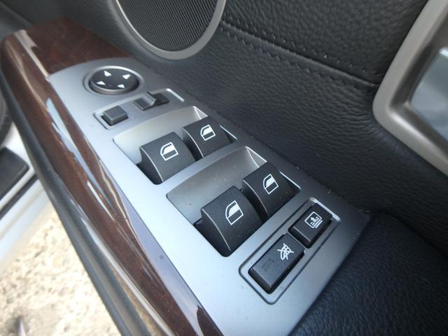 BMW BMW 740i 純正ナビ サンルーフ レザーシート