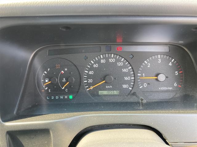 スーパーカスタムG 4WD サンルーフ ナビ AW ETC 8名乗り AC オーディオ付 DVD AT ディーゼルターボ(33枚目)