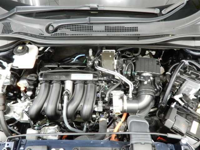 ハイブリッドZ・ホンダセンシング 試乗車 禁煙車 メモリーナビフルセグTV バックカメラ ドライブレコーダー スマートキー ETC シートヒーター LEDヘッドライト 純正アルミ(20枚目)