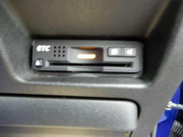 Z ナビフルセグTV バックカメラ ETC スマートキー 両側電動スライドドア HIDヘッドライト 純正エアロ 純正アルミ(15枚目)