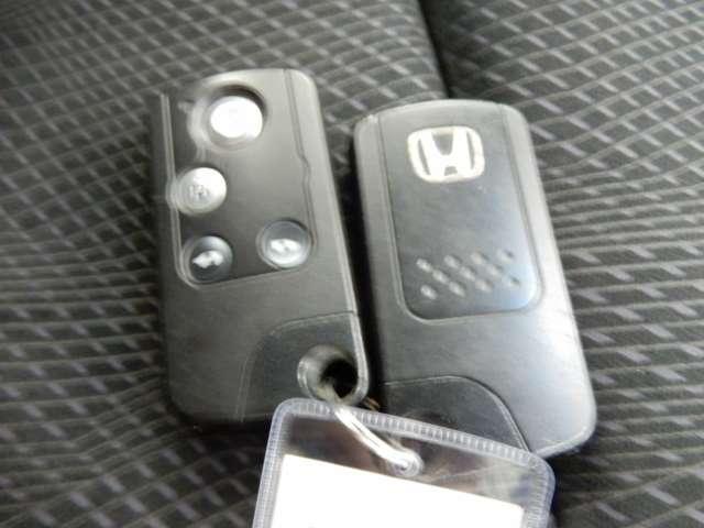 Z ナビフルセグTV バックカメラ ETC スマートキー 両側電動スライドドア HIDヘッドライト 純正エアロ 純正アルミ(17枚目)