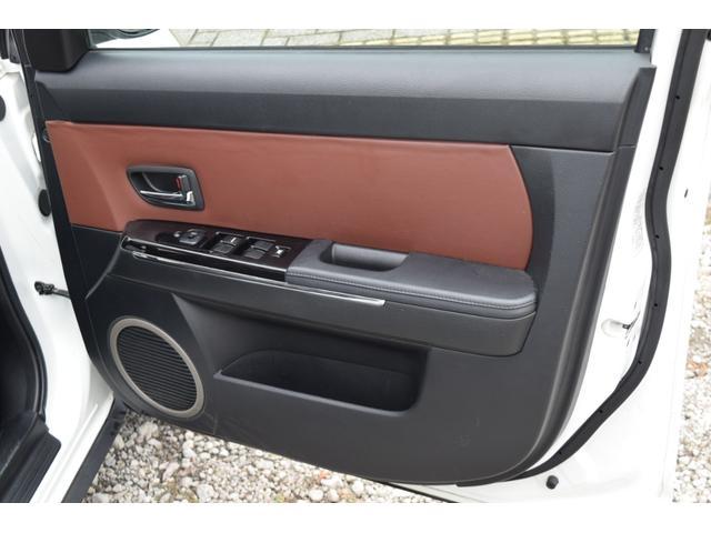L スマートカードキー レザー ETC オートライト ナビ オートエアコン エアバッグ ABS フォグライト 本革(28枚目)