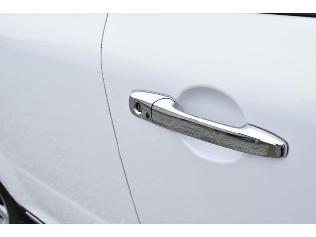 L スマートカードキー レザー ETC オートライト ナビ オートエアコン エアバッグ ABS フォグライト 本革(34枚目)