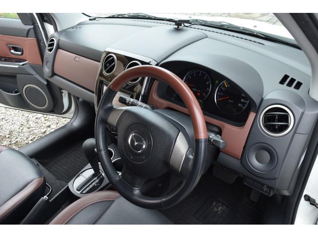 L スマートカードキー レザー ETC オートライト ナビ オートエアコン エアバッグ ABS フォグライト 本革(49枚目)