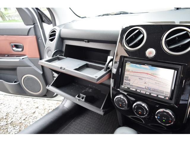 L スマートカードキー レザー ETC オートライト ナビ オートエアコン エアバッグ ABS フォグライト 本革(64枚目)