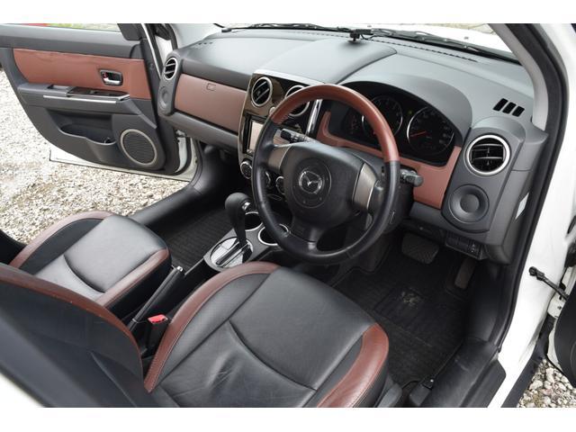 L スマートカードキー レザー ETC オートライト ナビ オートエアコン エアバッグ ABS フォグライト 本革(73枚目)