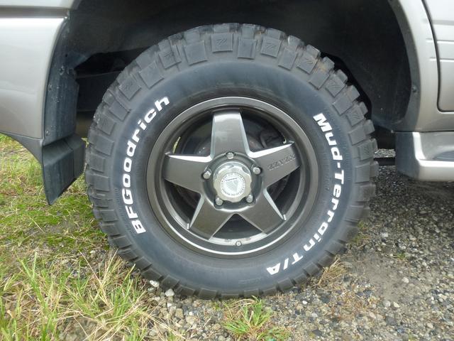 トヨタ ランドクルーザー100 VXリミテッド Gセレクション 4WD サンルーフ オートマ