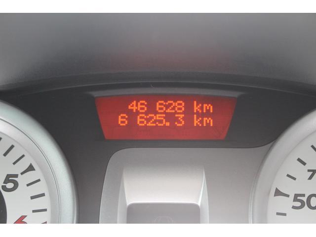 ルノー ルノー ルーテシア S 5速車 後期 禁煙車