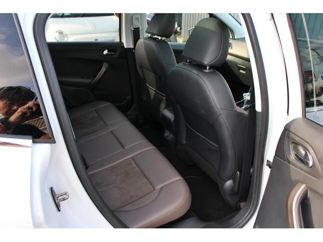 「プジョー」「2008」「SUV・クロカン」「鹿児島県」の中古車11