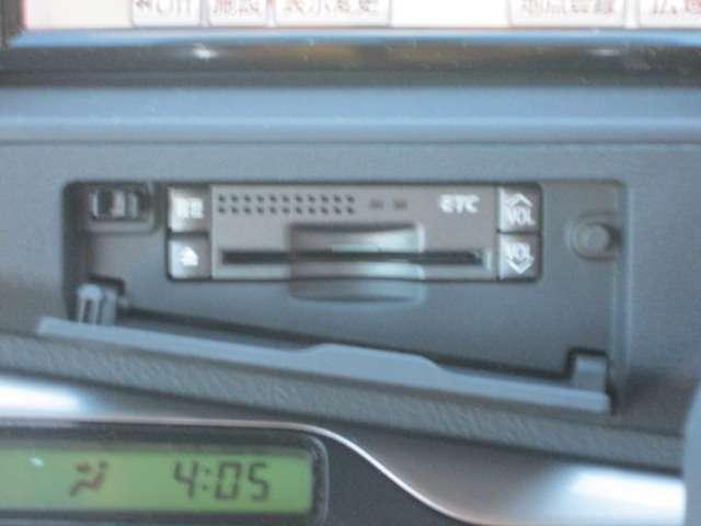 トヨタ アイシス プラタナ ワンオーナー キーレス HDDナビ フルセグTV