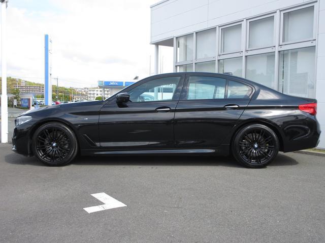 523d ブラックアウト 限定車 BMW正規認定中古車(2枚目)