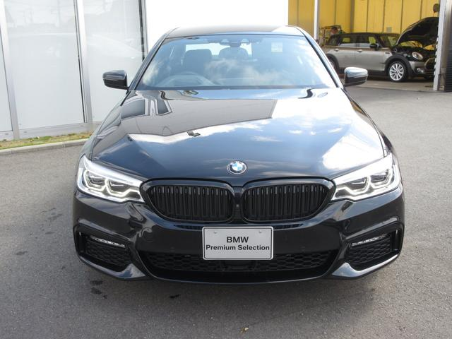 523d ブラックアウト 限定車 BMW正規認定中古車(3枚目)