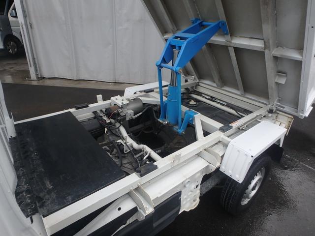清掃深ダンプ パートタイム4WD 全塗装済 5速MT(15枚目)