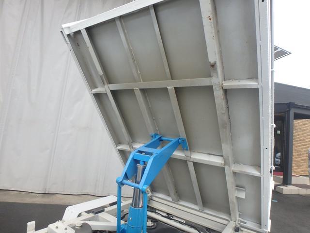 清掃深ダンプ パートタイム4WD 全塗装済 5速MT(17枚目)