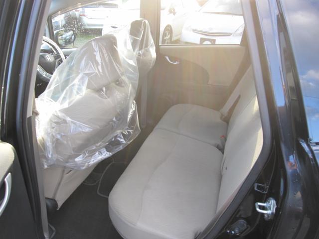 納車後も安心保障と格安メンテナンス及び車検などのご案内もさせて頂いております。ハイブリッド車におきましては、専用エンジンオイルの交換や定期ハイブリッドバッテリー診断なども行っております。