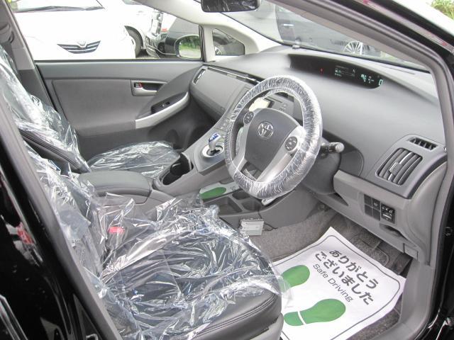 当社では納車前の点検整備はお客様に安心してお使いになっていただけるよう、車検整備と同様の48項目点検を実施しております。