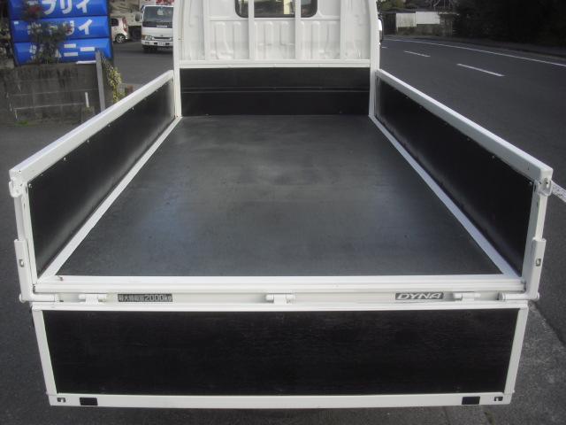 荷台内寸法 長さx幅 3010x160cm 最大積載量2000kg 2トン 2t