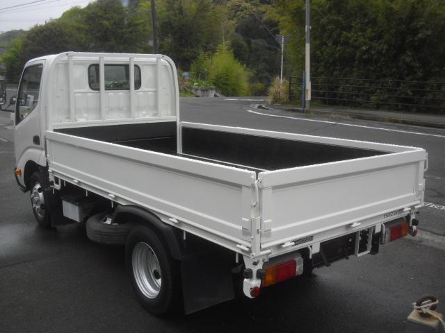 2トン 荷台内寸311x160cm 塗装済 全低床 オートマ(5枚目)