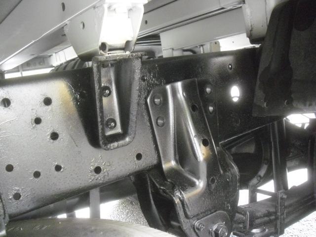 2トン 荷台内寸311x160cm 塗装済 全低床 オートマ(20枚目)