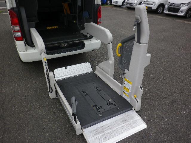 トヨタ ハイエースバン ロングDX 車椅子車 リフト付