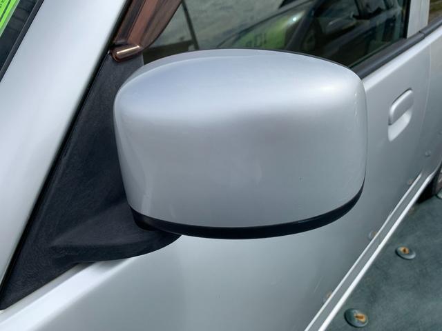 S FOUR 4WD 盗難防止システム 衝突安全ボディ 運転席・助手席エアバッグ エアコン 社外13インチアルミホイール シートベージュ(15枚目)