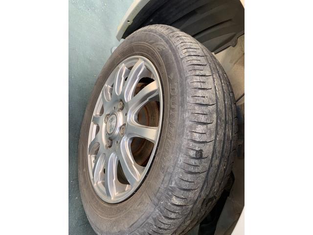 S FOUR 4WD 盗難防止システム 衝突安全ボディ 運転席・助手席エアバッグ エアコン 社外13インチアルミホイール シートベージュ(19枚目)