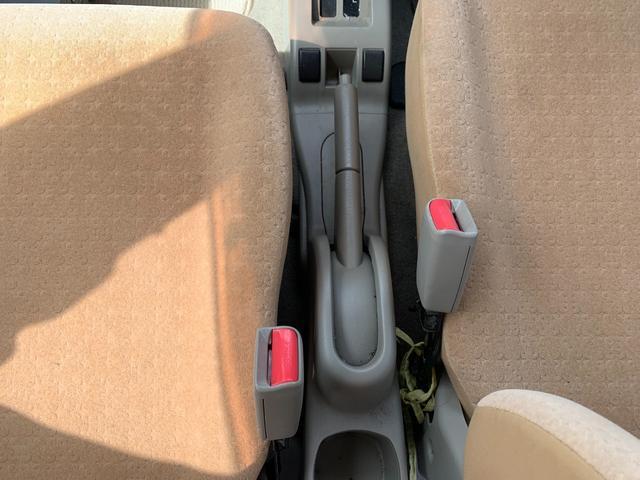 S FOUR 4WD 盗難防止システム 衝突安全ボディ 運転席・助手席エアバッグ エアコン 社外13インチアルミホイール シートベージュ(45枚目)