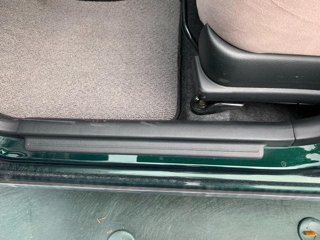 Xリミテッド 盗難防止システム 衝突安全ボディ HID 運転席・助手席エアバッグ キーレス ウインカーミラー 純正14インチアルミホイール CD MD(16枚目)