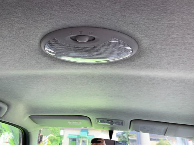 Xリミテッド 盗難防止システム 衝突安全ボディ HID 運転席・助手席エアバッグ キーレス ウインカーミラー 純正14インチアルミホイール CD MD(18枚目)