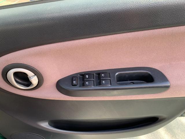 Xリミテッド 盗難防止システム 衝突安全ボディ HID 運転席・助手席エアバッグ キーレス ウインカーミラー 純正14インチアルミホイール CD MD(25枚目)