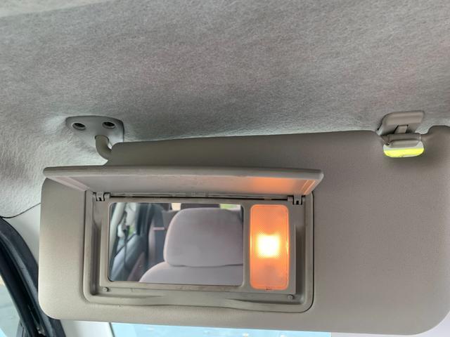 Xリミテッド 盗難防止システム 衝突安全ボディ HID 運転席・助手席エアバッグ キーレス ウインカーミラー 純正14インチアルミホイール CD MD(32枚目)