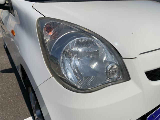 盗難防止システム 衝突安全ボディ 運転席・助手席エアバッグ キーレス CD オートエアコン 社外アルミホイール パワーステアリング(8枚目)