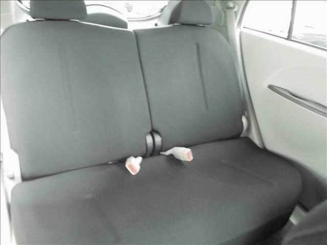 後席もゆったりお乗りいただけます