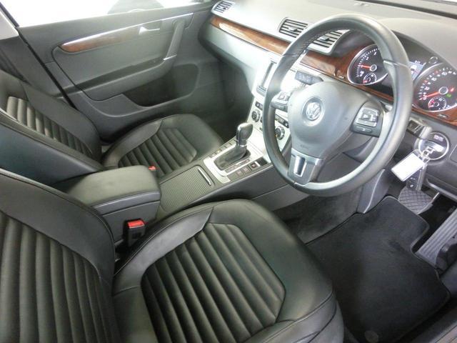 フォルクスワーゲン VW パサートヴァリアント TSIハイライン 2014モデル パドルシフト 黒革シート