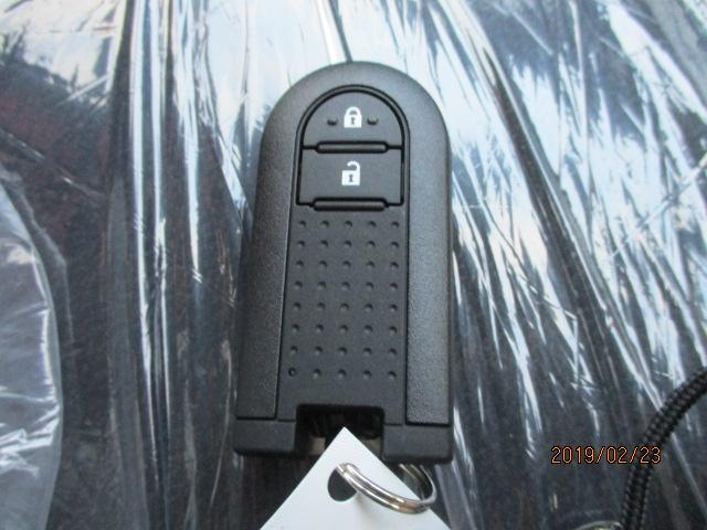 便利なスマートキー!荷物が多い時、天気が悪い時など、とっても便利な装備です!!