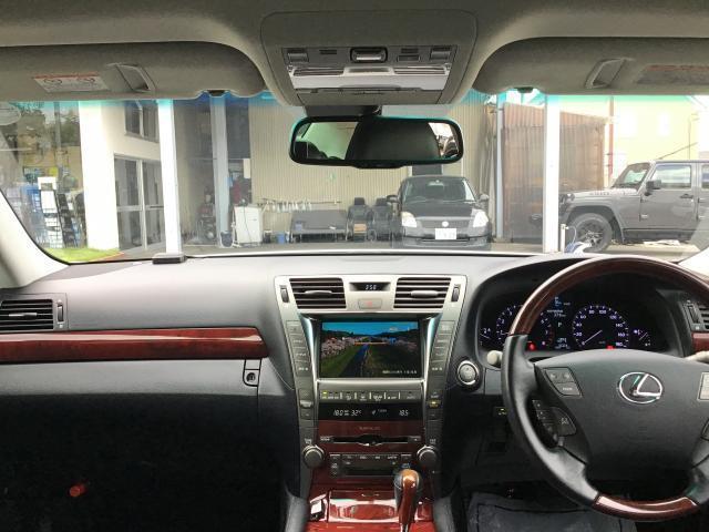 LS460 純正HDDナビ 地デジ サンルーフ 黒革シート ETC HIDヘッドライト クレンツェ20インチアルミ レクサスプレミアムサウンドシステム シートメモリー ブレーキホールド エアシート シートヒーター(15枚目)