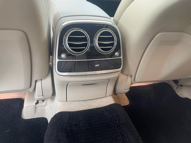 S560 4マチックロングAMGライン AMG S63仕様純正エアロバンパー(22枚目)