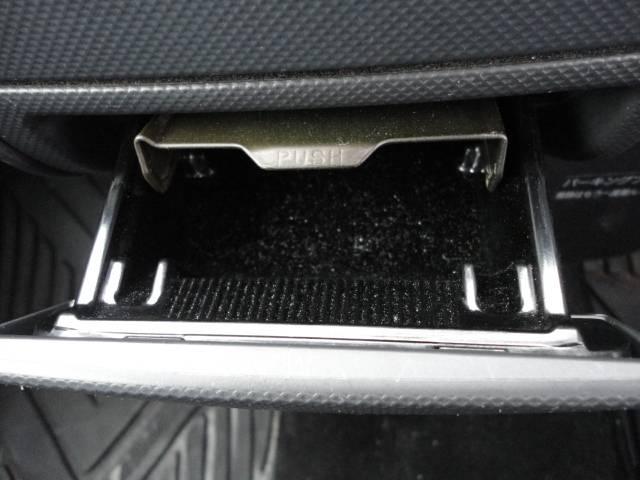 トヨタ bB Z Xバージョン 禁煙車 HID タイミングチェーン
